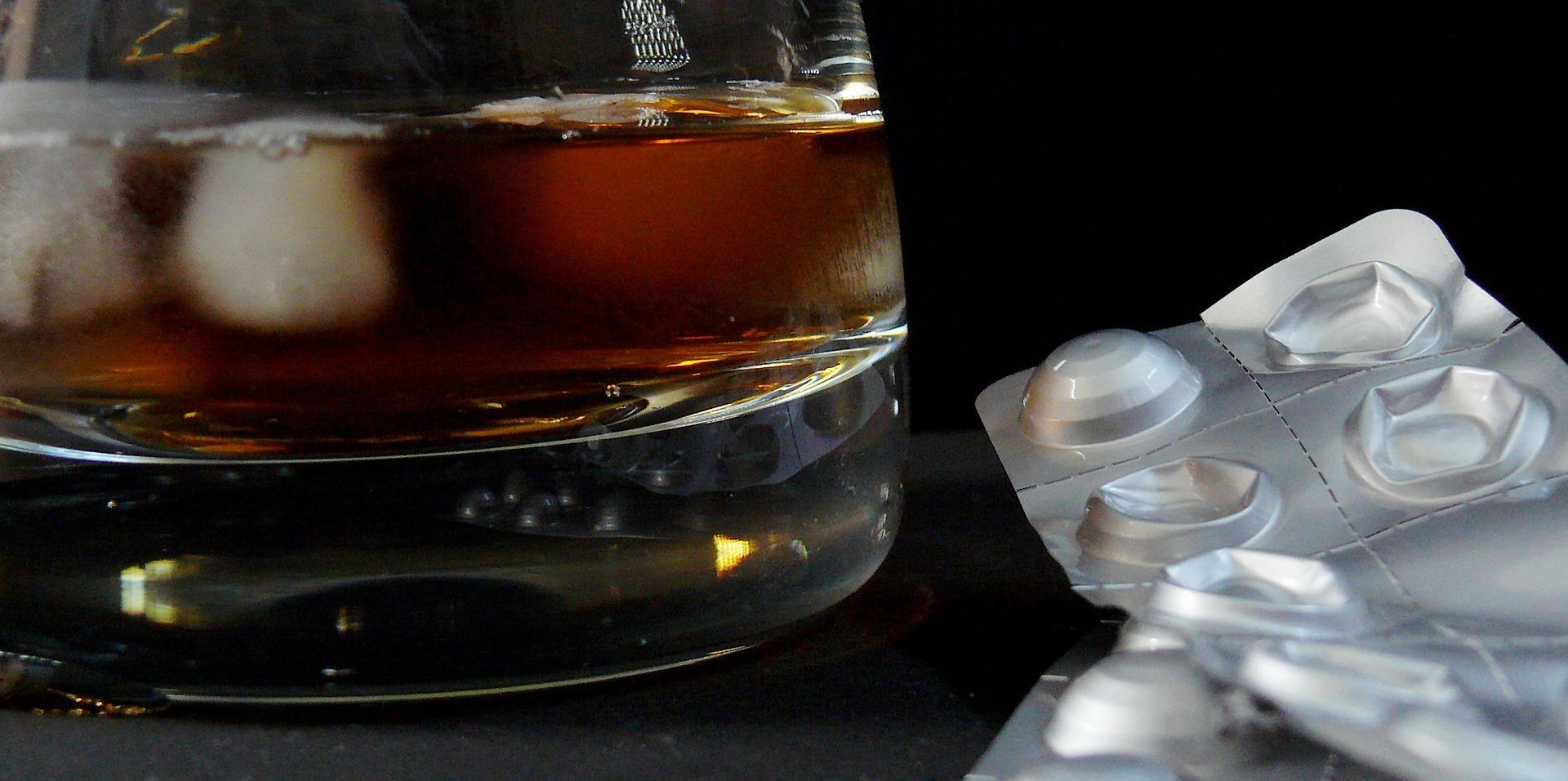 """Що робити при білій гарячці - реабілітаційний центр для алкоголіків """"Наркомедцентр"""" Київ"""
